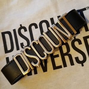 Discount Universe